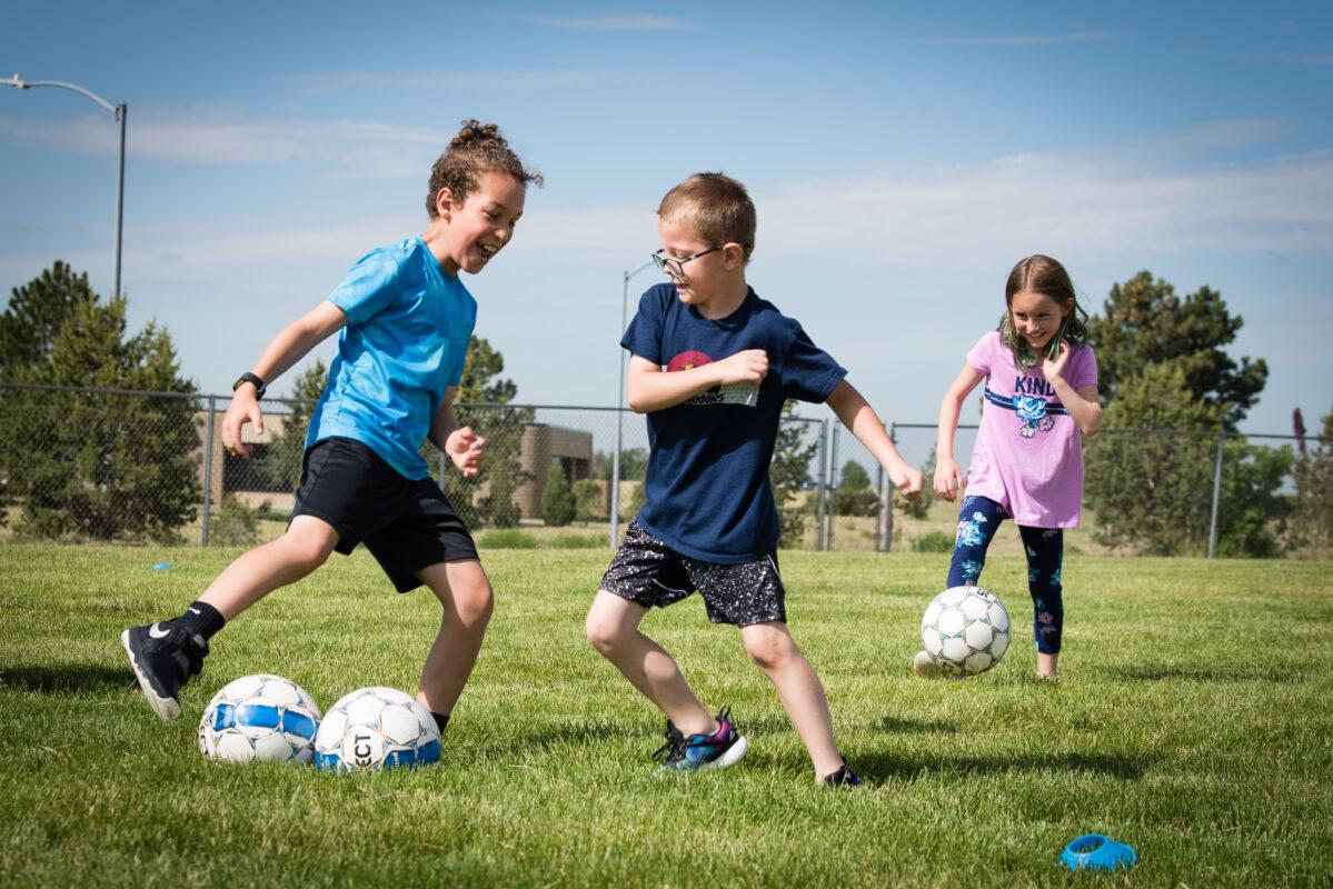 Dạy học bóng đá trẻ em tại TPHCM